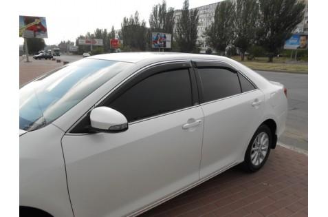 Ветровики для Toyota Camry V 51 c хром молдингом с 2014