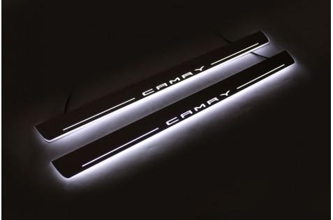 Накладки порогов с статической подсветкой для Toyota Camry V70 c 2017