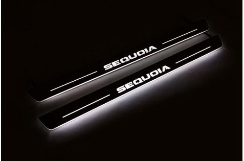 Накладки порогов с статической подсветкой для Toyota Sequioa II c 2008